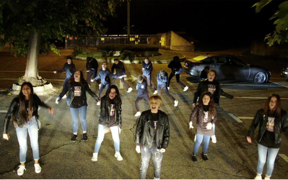generation kids show clip tournage